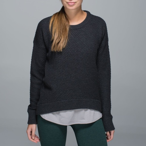 Lululemon Yogi Crew Neck Charcoal Gray Sweater 4 6